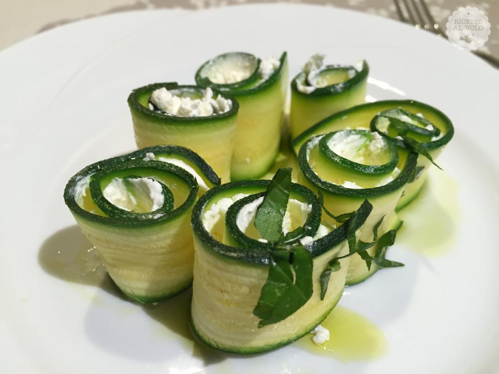 Rotolini di zucchine light
