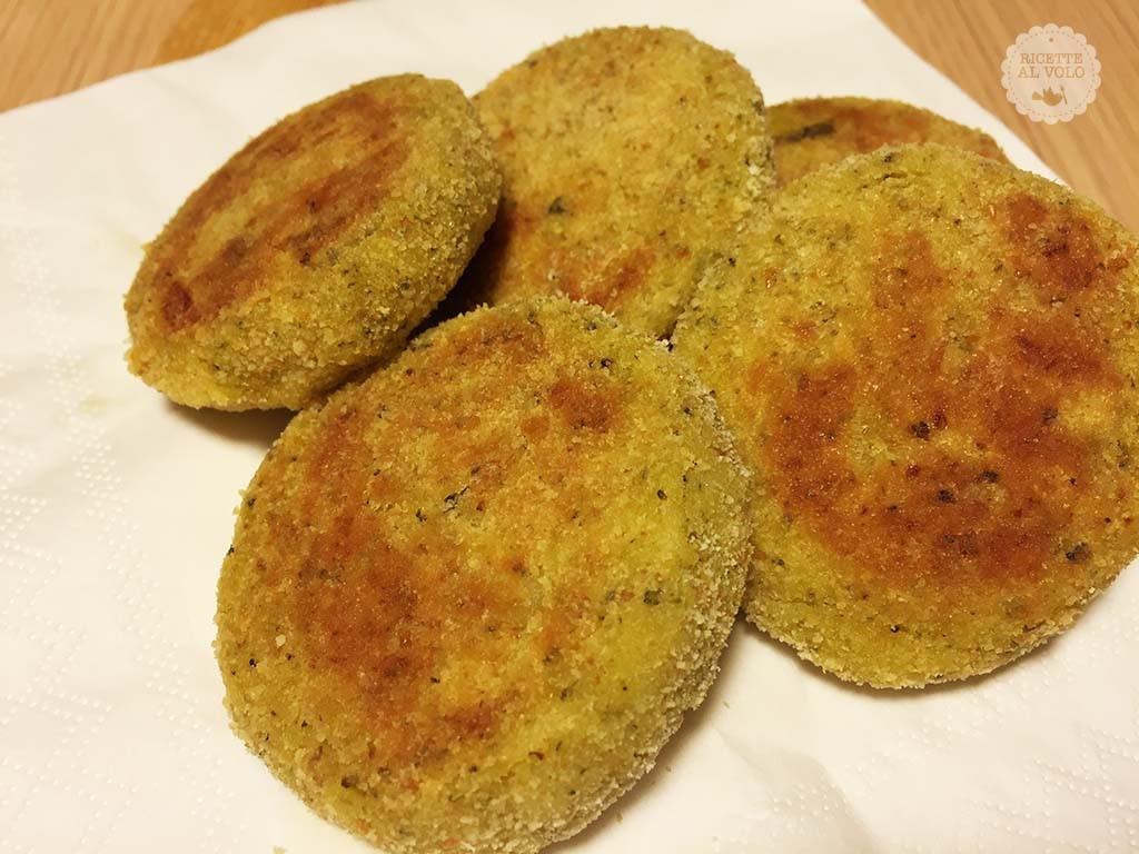 Polpette di broccoli e patate al microonde ricette al volo for Ricette microonde
