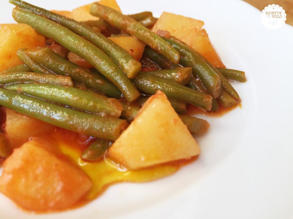 Fagiolini con patate in umido