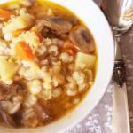 minestra farro funghi