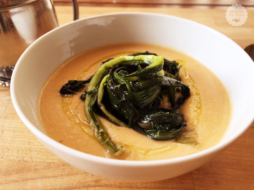 Zuppa di fave con cicoria