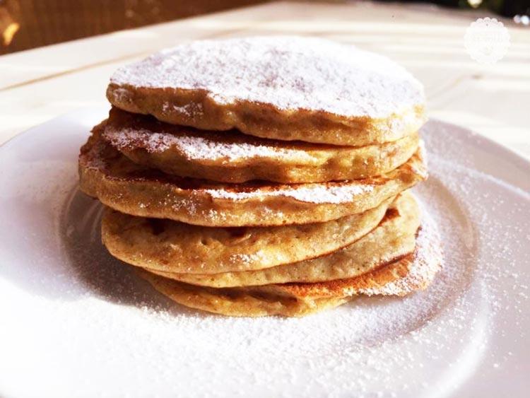 Pancakes alla banana ricetta light