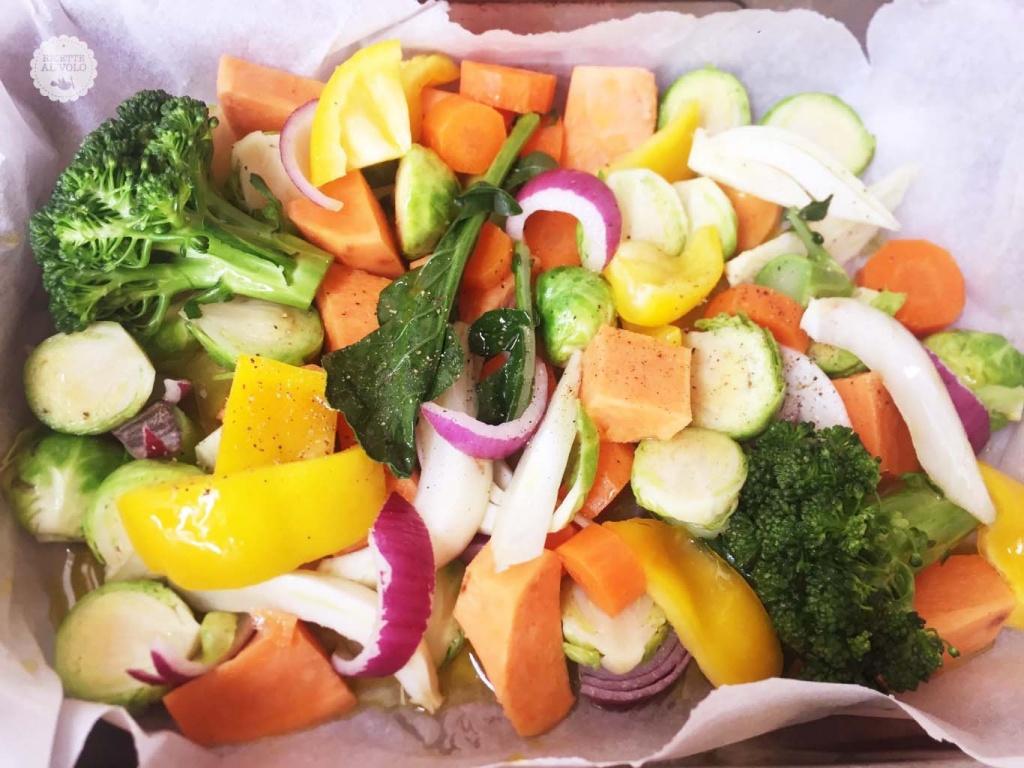 Teglia di verdure invernali multicolore al forno