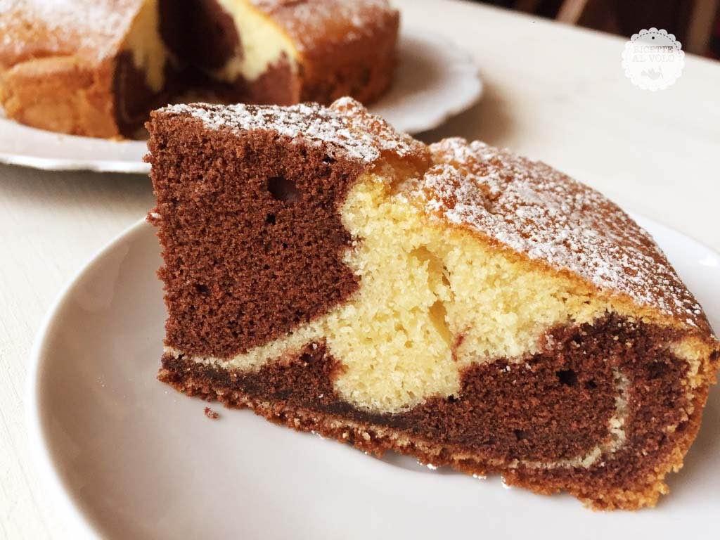 Ricetta della torta bicolore al cacao