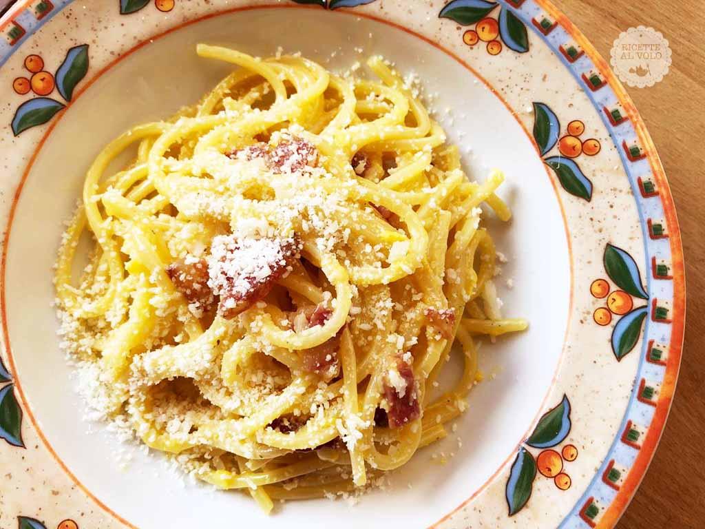 Ricetta Italiana Carbonara.Ricetta Degli Spaghetti Alla Carbonara Ricette Al Volo