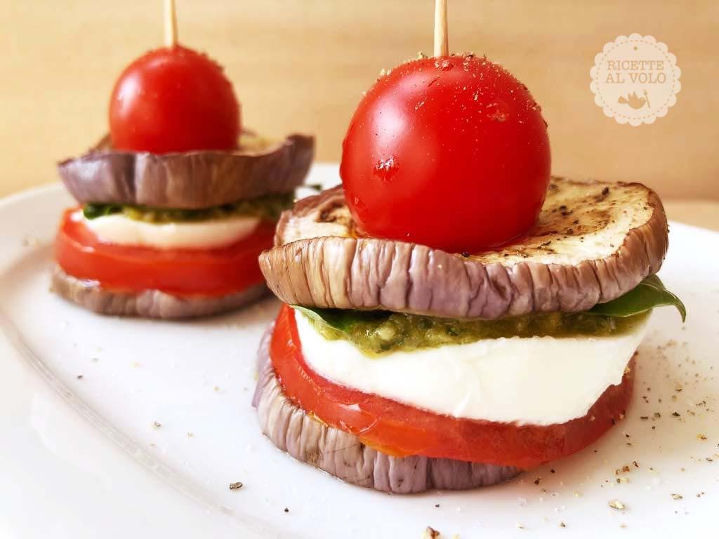 Sandwich di melanzane al pesto