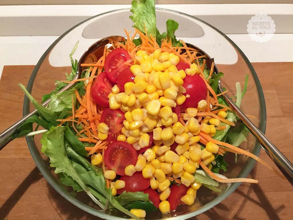 Cosa Cucinare Per Molte Persone 12 ricette per insalate veloci e sfiziose - ricette al volo