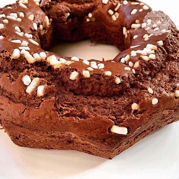 Torta al cacao con yogurt greco magro