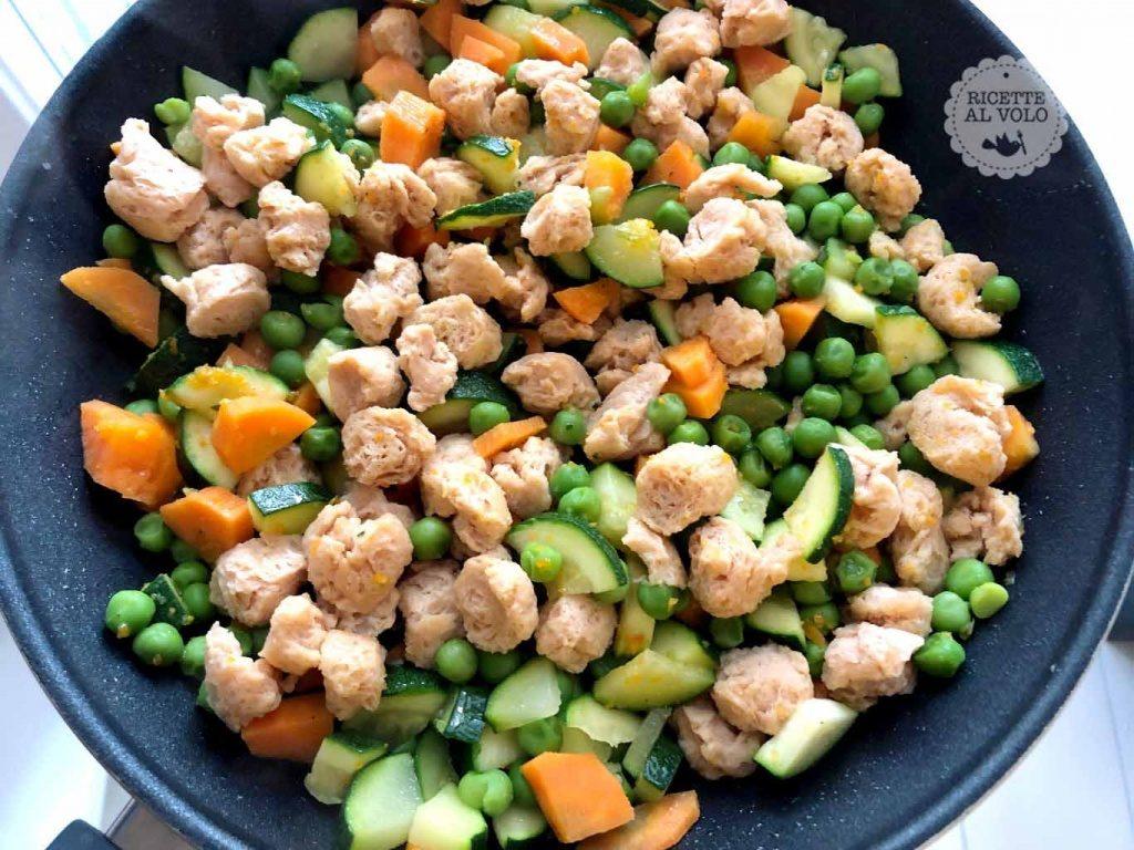 Spezzatino di soia con verdure