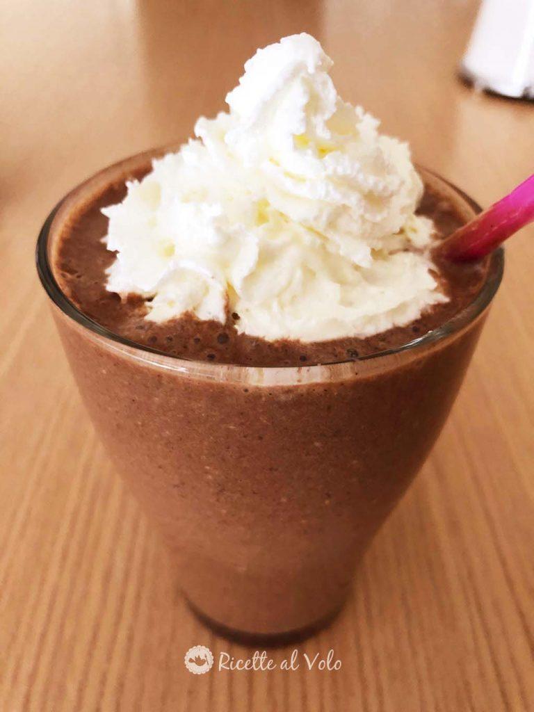 Frullato proteico al caffè