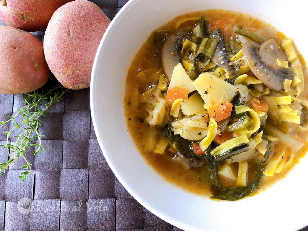 Zuppa di verdure con pasta