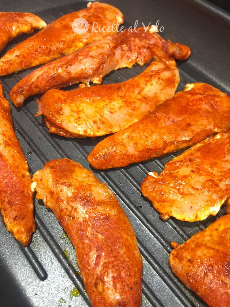 Petti di pollo alla paprika morbido e succoso