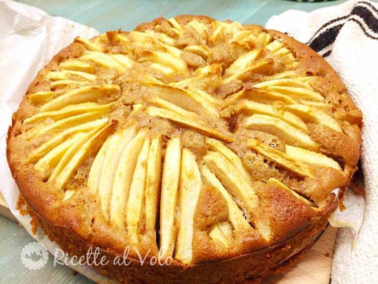 Torta di mele con farina integrale e miele