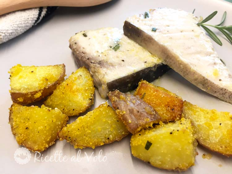Pesce spada al miele con patate sabbiate