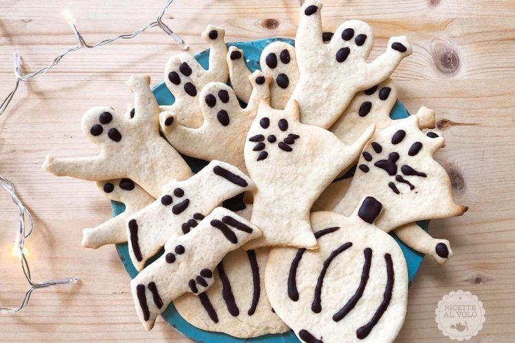 Biscotti di Halloween con frolla all'olio