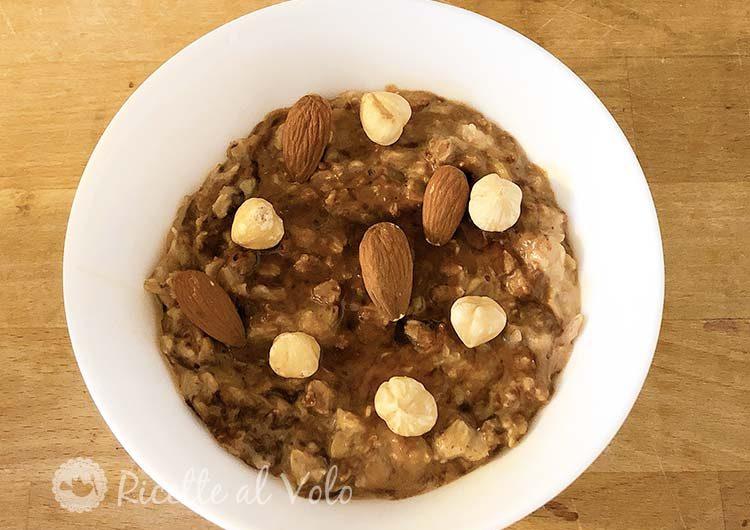 Porridge di avena al cioccolato